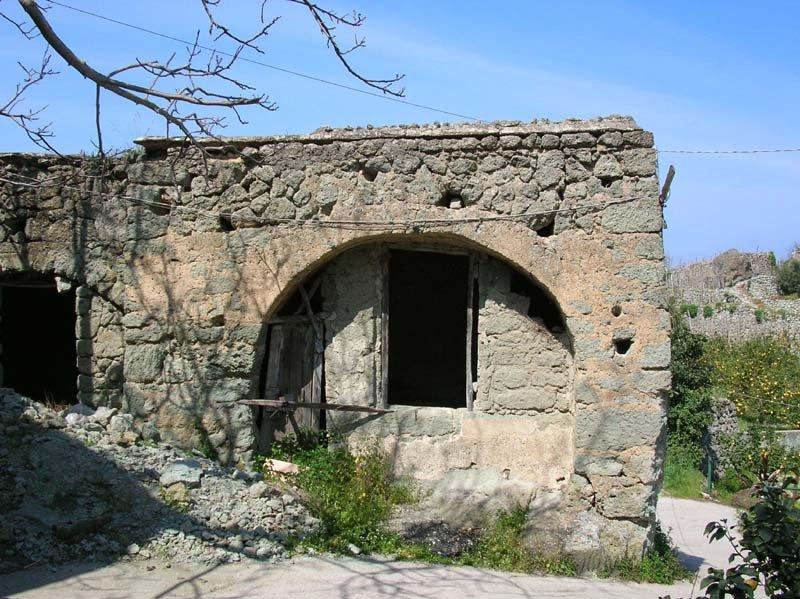 visit ischia casa di pietra del cuotto
